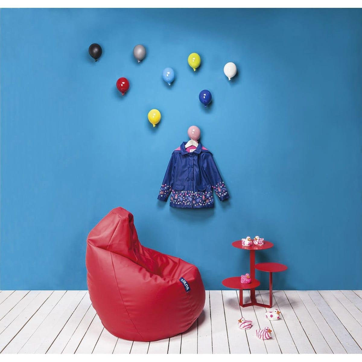 Palloncino in ceramica appendiabiti decorativo miniBalloon azzurro, bianco, blu, giallo, grigio, nero, rosa, rosso e verde su parete
