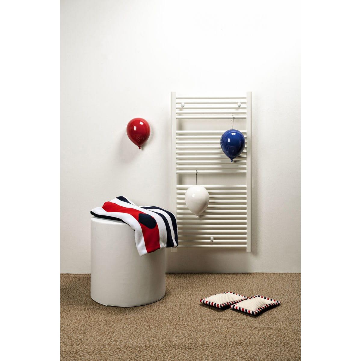 Umidificatori per radiatore in ceramica a forma di palloncino, collezione Balloon, colore rosso, bianco e blu