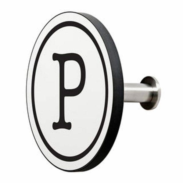 Appendiabiti a forma circolare della collezione Art-Up Alphabet con pomello in acciaio inox e appendiabiti HPL sfondo bianco lettera nera P