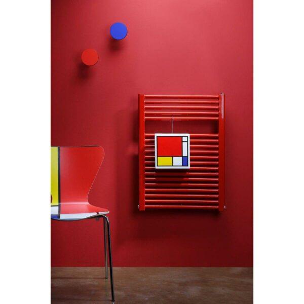 Umidificatore per termosifone in ceramica a forma di vaso colorato con artwork di Renzo Schiratti