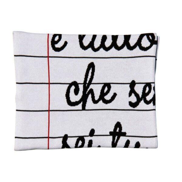Coperta in cotone con grafica di un quaderno a righe con scritte in corsivo