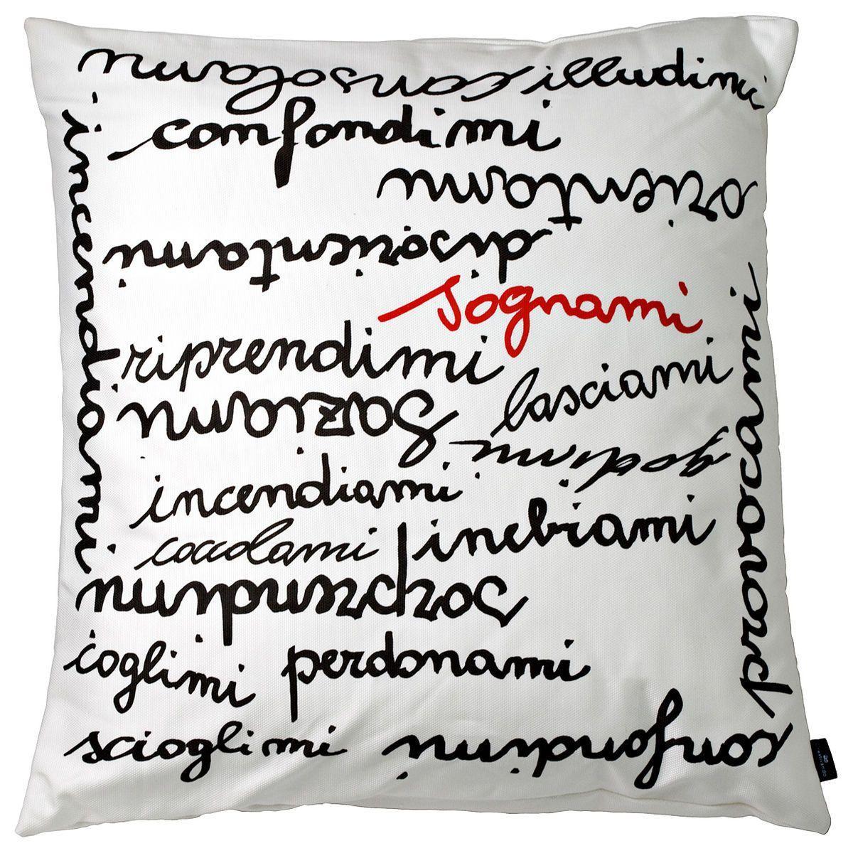 Cuscino in cotone bianco quadrato con stampa parole in stampatello minuscolo colore testo nero e rosso