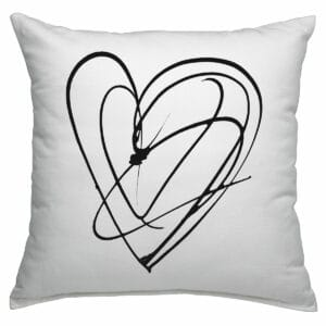 Cuscino in cotone bianco quadrato con grafica cuore in nero