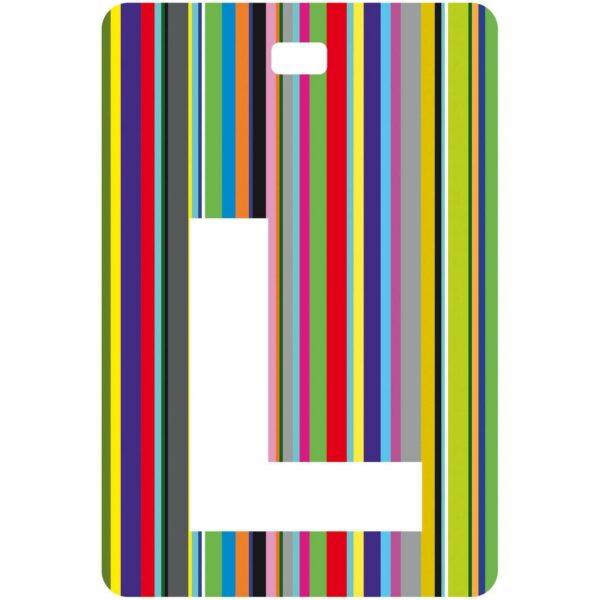 Etichetta bagaglio con lettera alfabeto bianca su sfondo a righe colorate con iniziale L