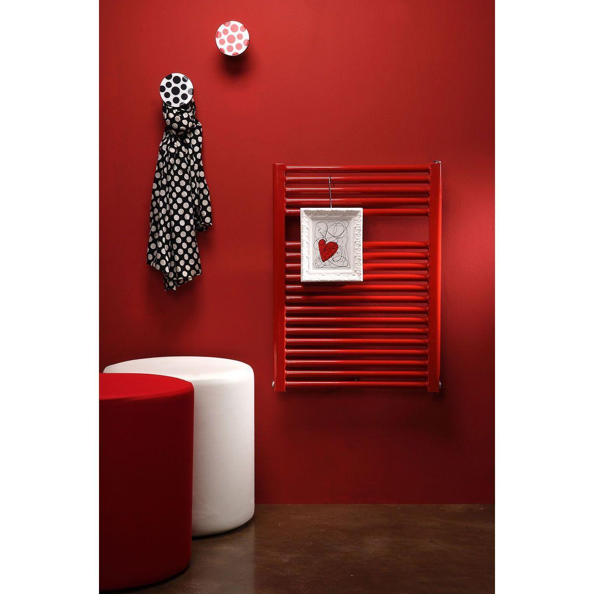 Pouf cilindrico in ecopelle bianca con fodera in tessuto rosso altezza 50 cm