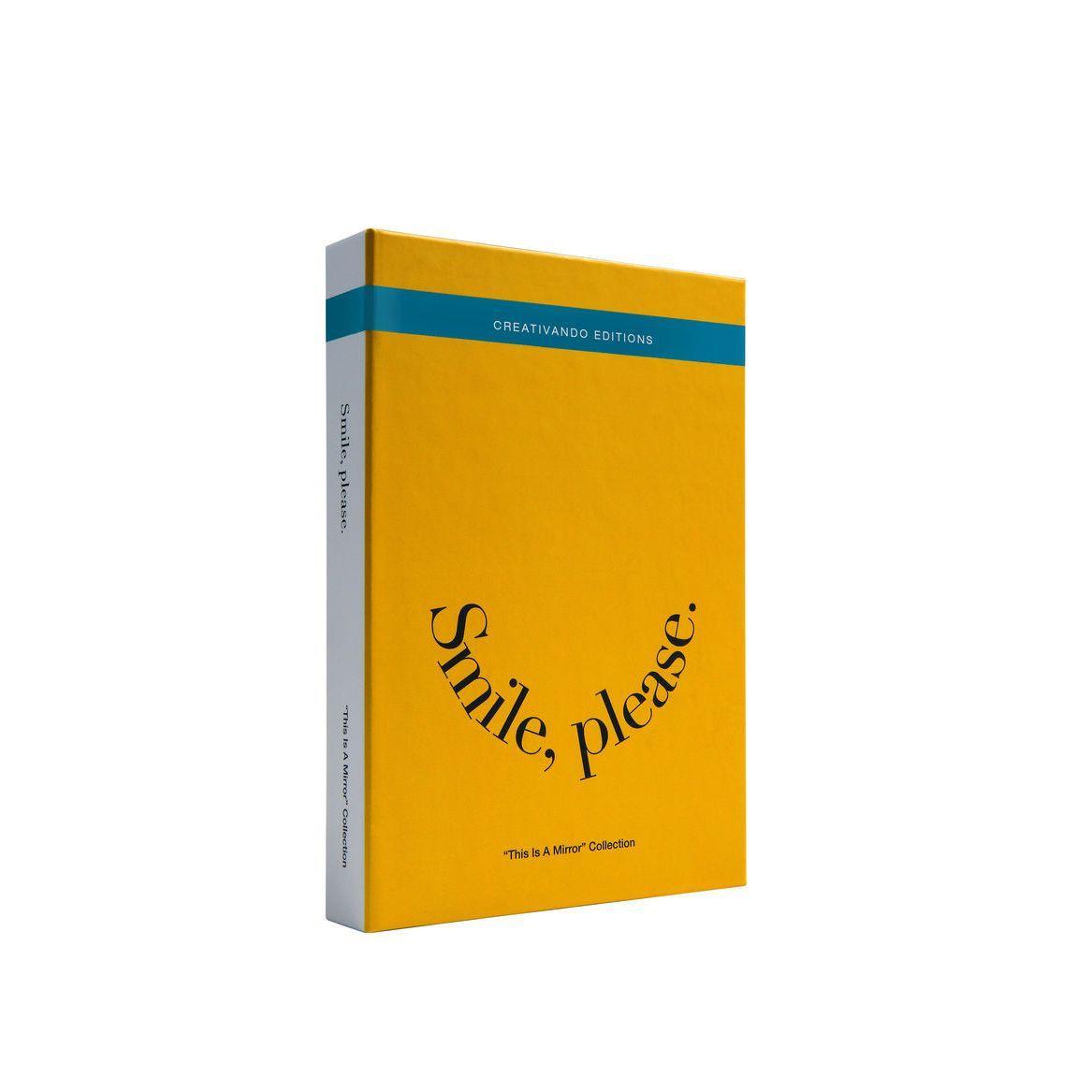 Specchio da borsetta o scrivania a forma di libro copertina gialla testo smile please