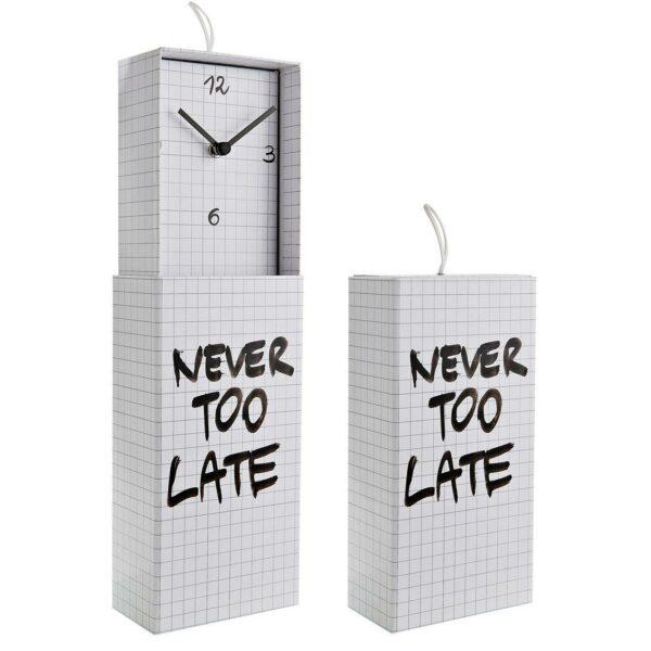 Orologio da parete o da appoggio racchiuso in scatola rettangolare con scritta Never Too Late