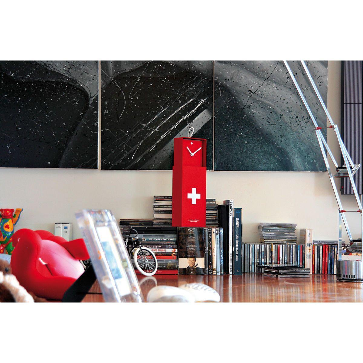 Orologio da parete o da appoggio racchiuso in scatola rettangolare rosso con croce bianca stile bandiera svizzera