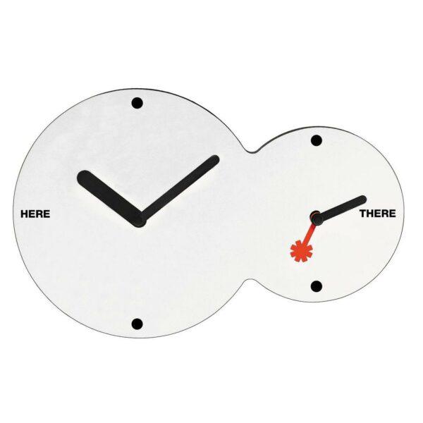Orologio da parete circolare doppio fuso di colore bianco con lancette nere e rossa