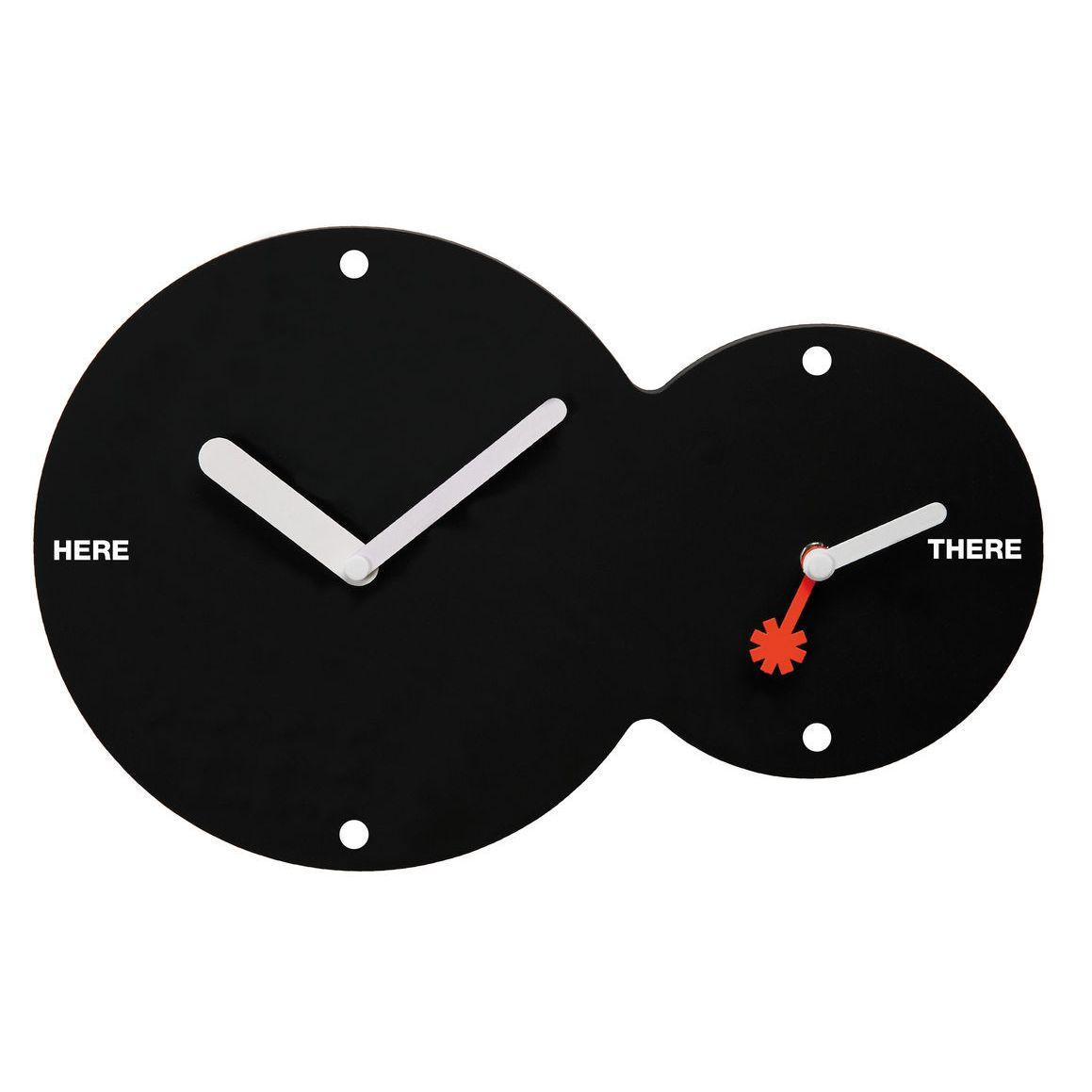 Orologio da parete circolare doppio fuso di colore nero con lancette bianche e rossa