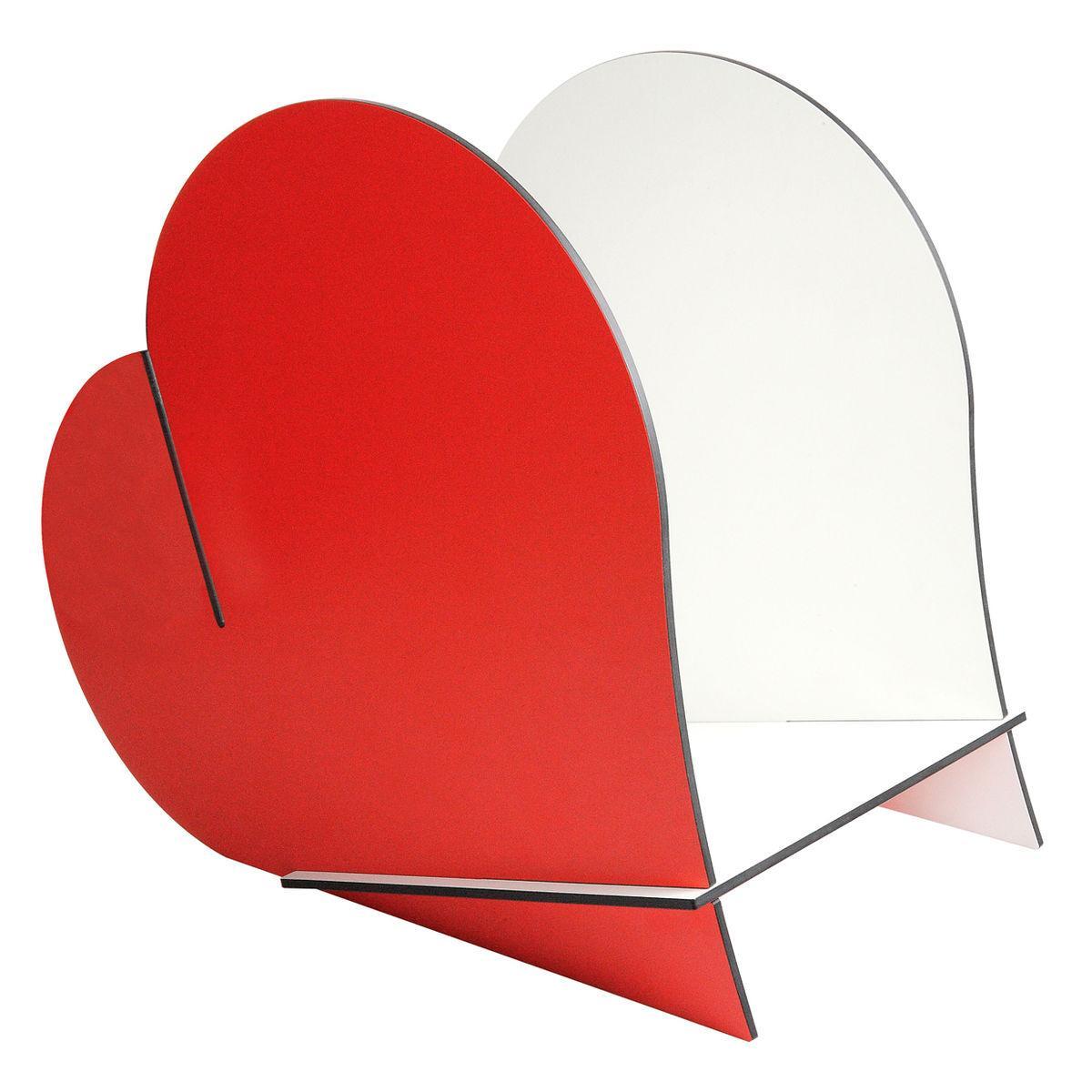 Contenitore multiuso formato da tre tasselli incassati tra loro a forma di cuore bicolore bianco e rosso