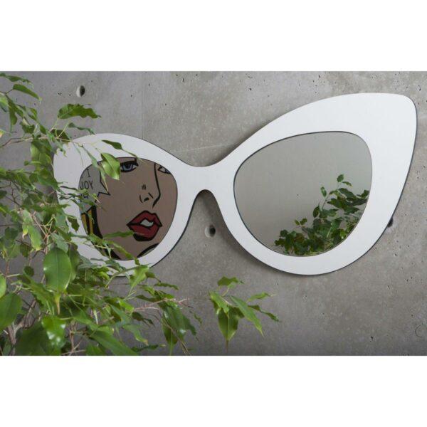 Specchio doppio a forma di occhiale femminile con montatura di colore bianco ispirato alla moda hollywoodiana