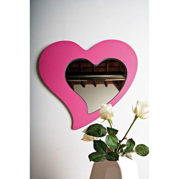 Specchio di vetro a forma di cuore con cornice a forma di cuore di colore fucsia