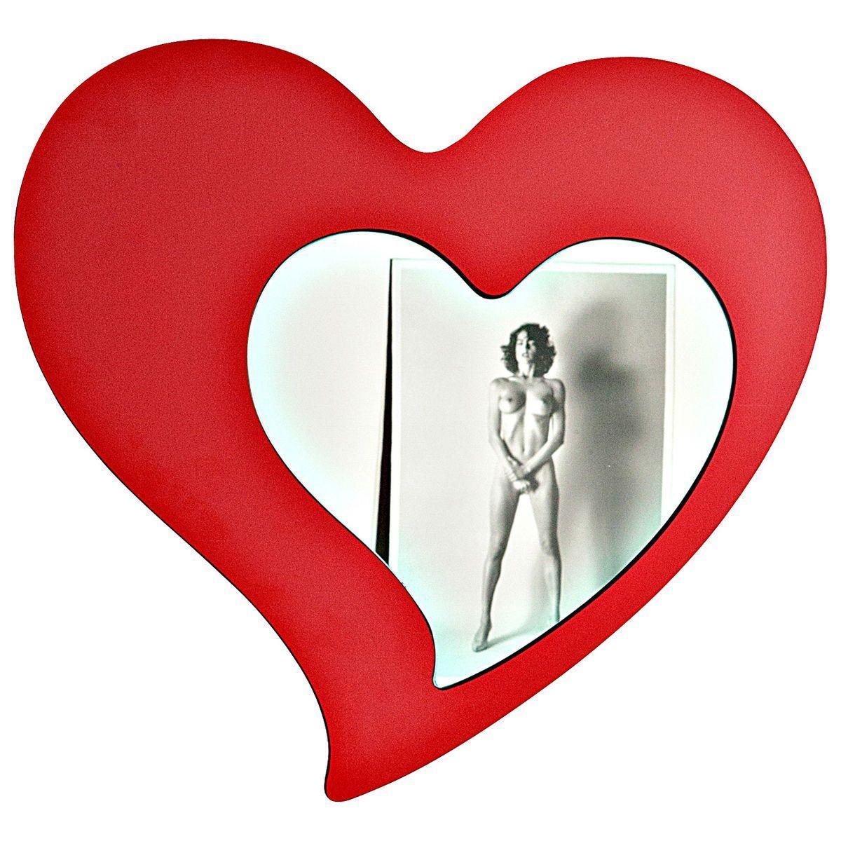 Specchio di vetro a forma di cuore con cornice a forma di cuore di colore rosso
