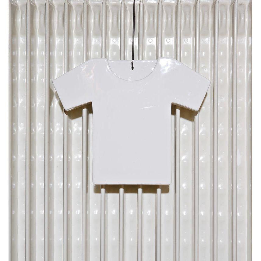Umidificatore per termosifone in ceramica a forma di T-Shirt di colore bianco