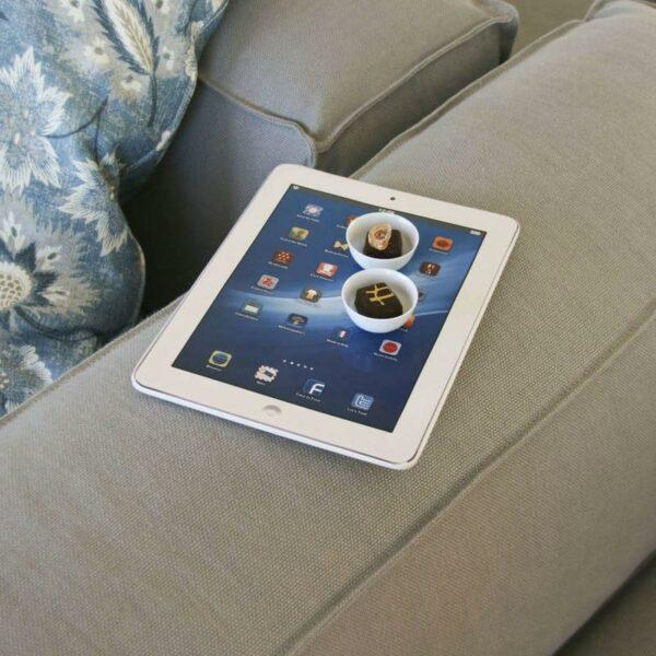 Sottopentola o vassoio in ceramica che riproduce lo schermo di un tablet