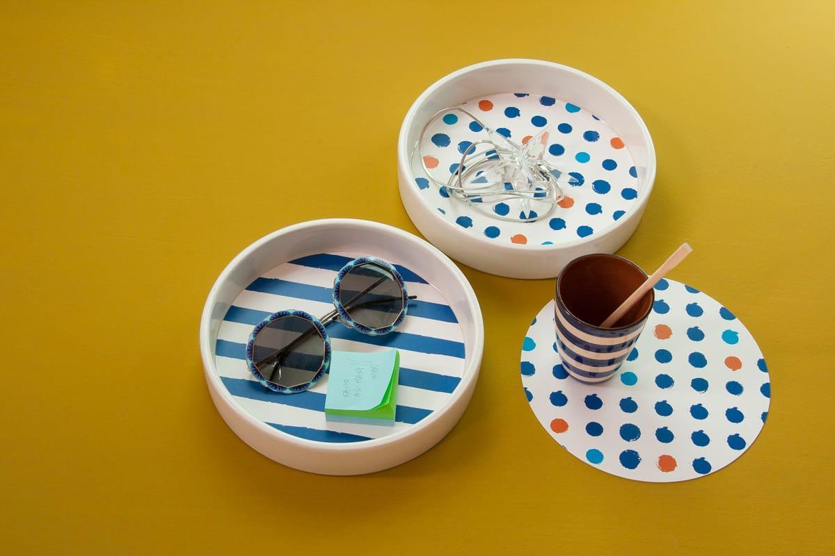 Contenitori multiuso in ceramica bianca con fondo removibile in PET con grafica di Manuel Stefanutti