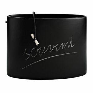 Vaso ovale in ceramica nero opaco con cordoncino e gessetto bianco