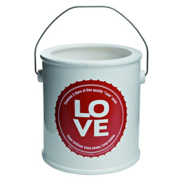 Vaso in ceramica bianca a forma di barattolo di vernice con etichetta rossa testo Love