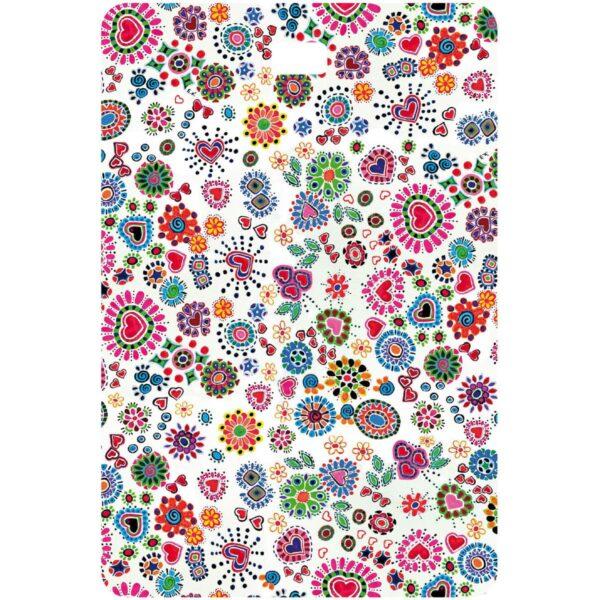 Etichetta bagaglio con lettera alfabeto bianca su sfondo fantasia cuori e fiori colorati senza iniziale