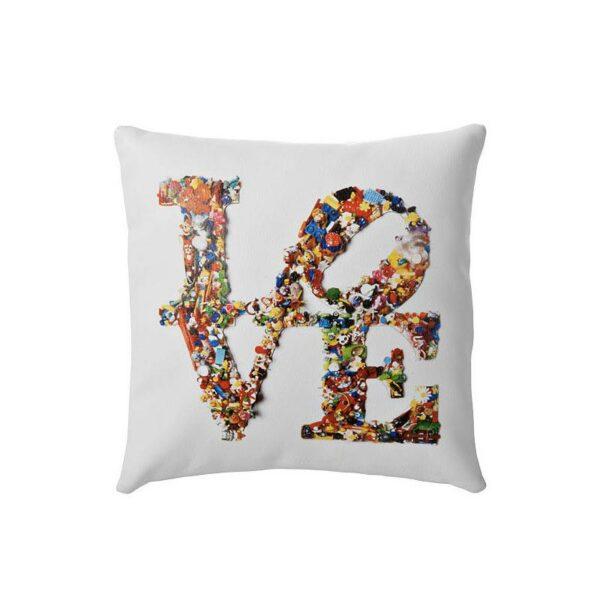 Cuscino in ecopelle bianca quadrato con grafica Love Is Not A Toy