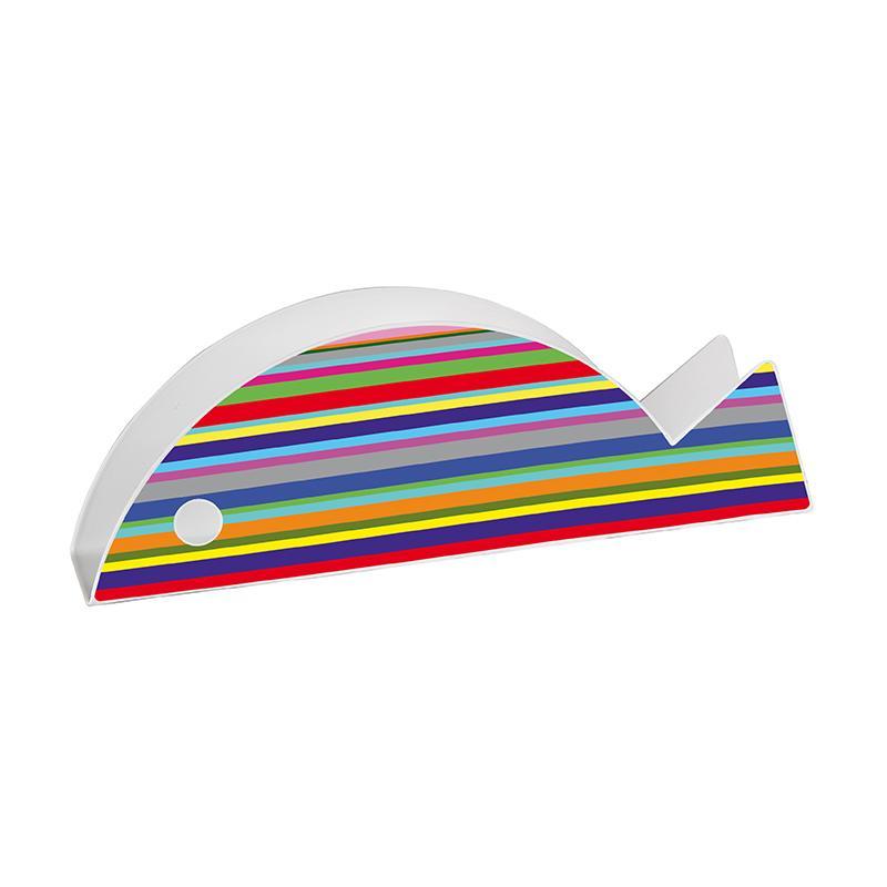 pesce stilizzato in metallo decorato con righe multicolor orizzontali con la funzione di porta buste o portatovaglioli