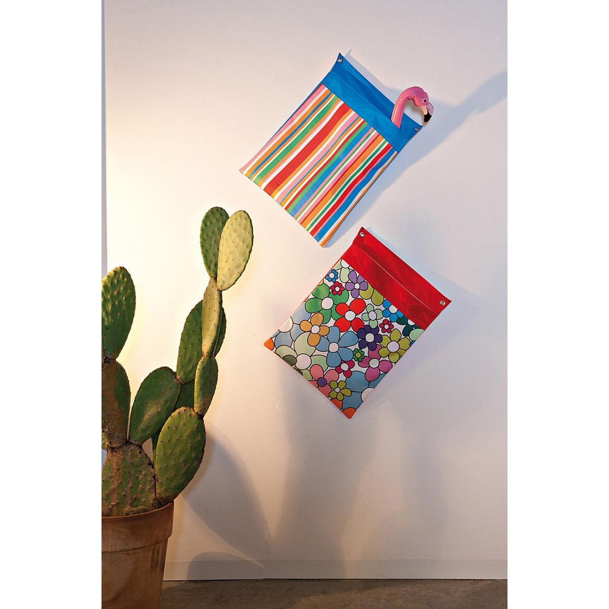 Portaoggetti da parete in pvc con stampa digitale con pattern a righe colorate e floreale