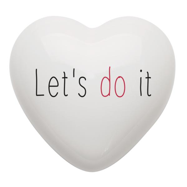 cuore in ceramica con il messaggio Let's do it = facciamolo!