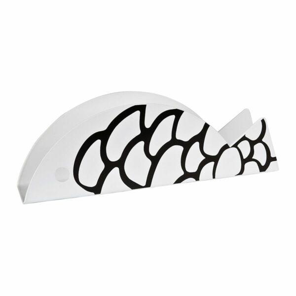 oggetto di metallo verniciato bianco a forma di pesce e decorato con delle squame nere. Funge da portatovaglioli o porta lettere.
