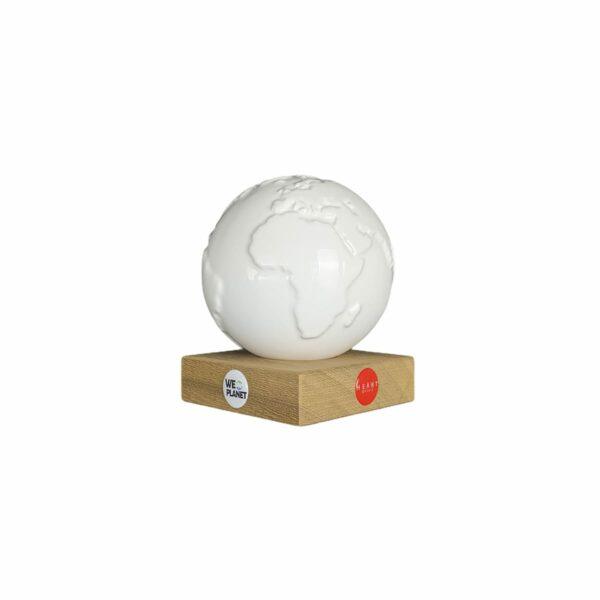 DiY mappamondo in ceramica bianca per decorazione